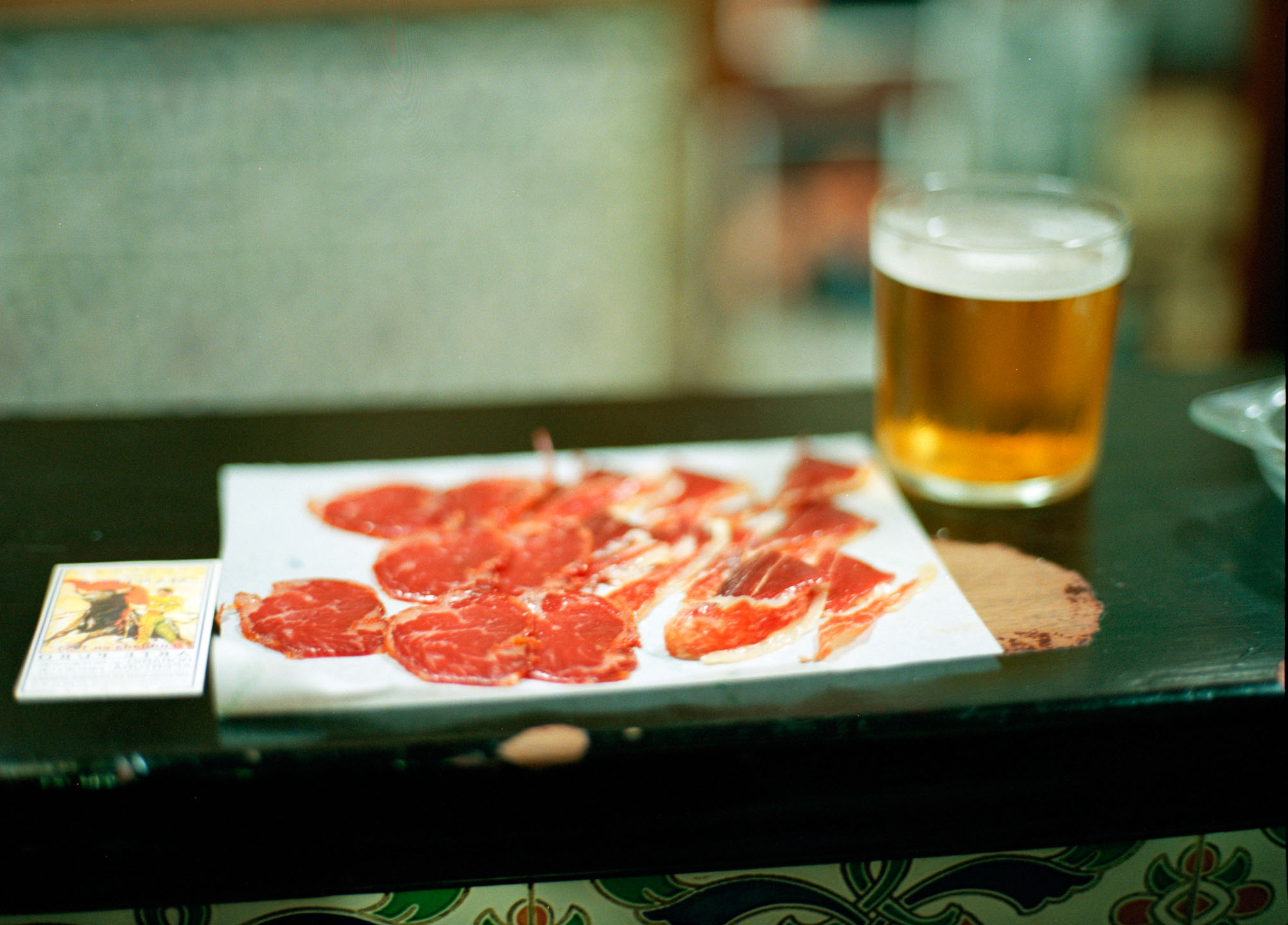 FrancescoLagnese_ham_in_bar