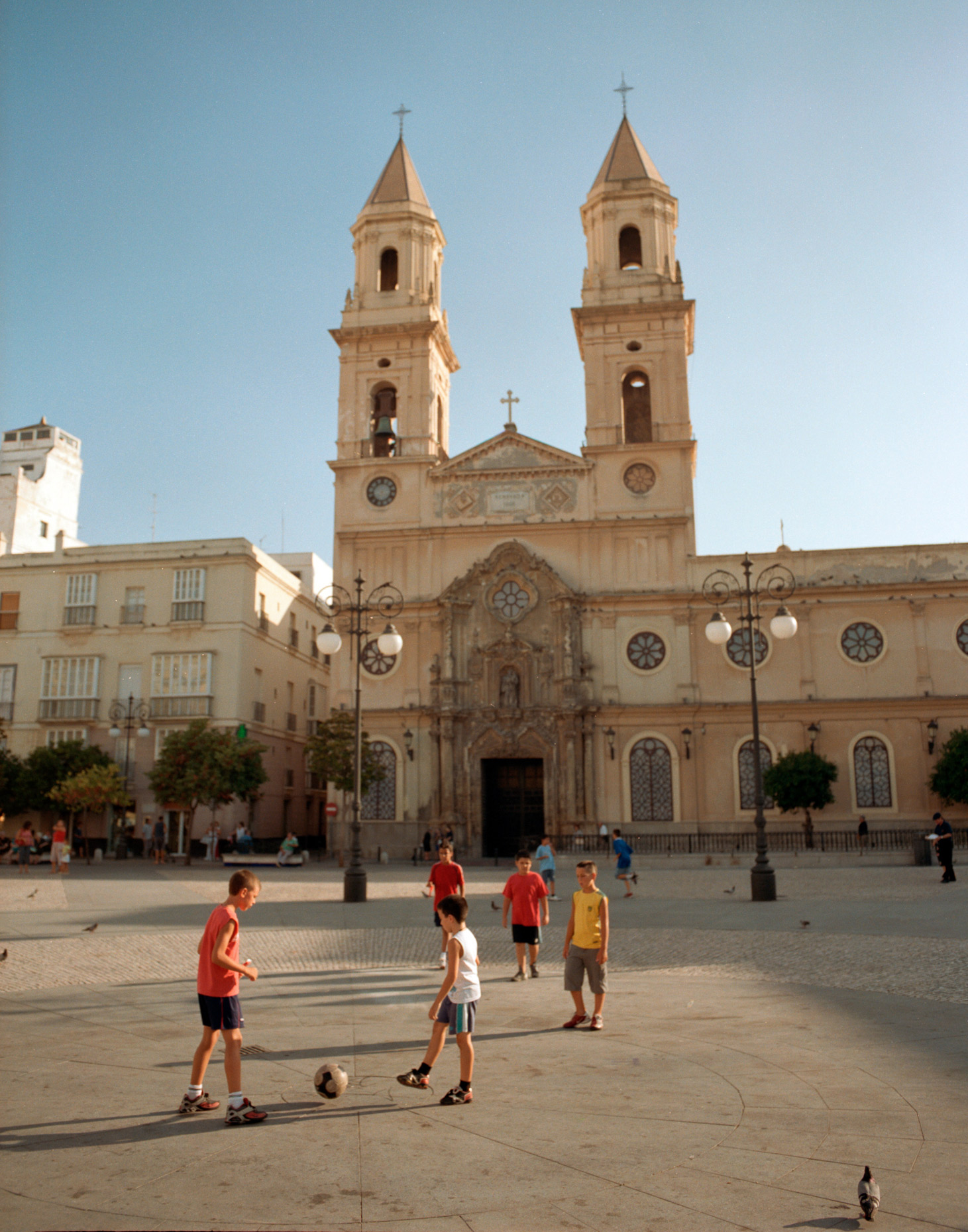 FrancescoLagnese_soccer_kids_and_church2